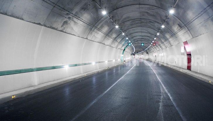 Traforo del Gran Sasso chiuso per lavori dal 30 settembre al 4 ottobre - Foto 6 di 13