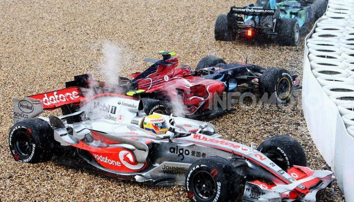 F1: i piloti più famosi licenziati a stagione in corso - Foto 7 di 16