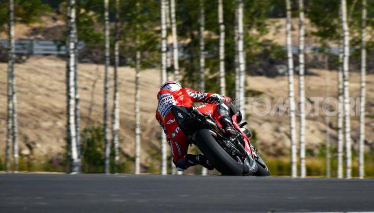 MotoGP 2019: Bradley Smith e l'Aprilia al top nella due giorni di test sul KymiRing - Foto 6 di 11