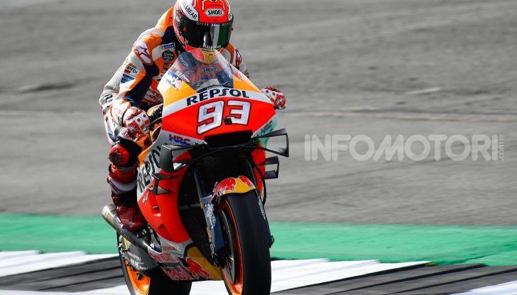 MotoGP 2019, GP di Gran Bretagna: Marquez suona la carica e centra la pole davanti a Rossi e Miller, Dovizioso settimo - Foto 7 di 19