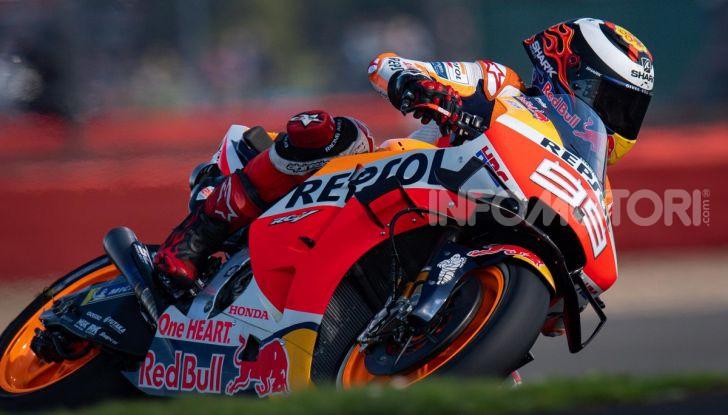 MotoGP 2019, GP di Gran Bretagna: acuto di Marquez nelle libere di Silverstone, poi Vinales. Dovizioso quarto, Rossi 17esimo - Foto 10 di 19