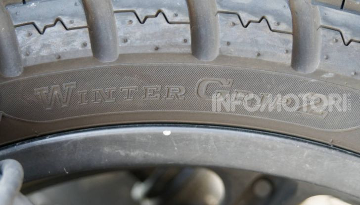Anlas Winter Grip 2, vantaggi (e svantaggi) della gomma invernale da scooter per tutto l'anno - Foto 2 di 18
