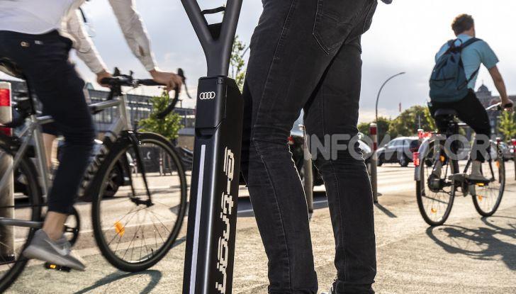 Audi e-Tron Scooter,  il monopattino elettrico Premium - Foto 10 di 11