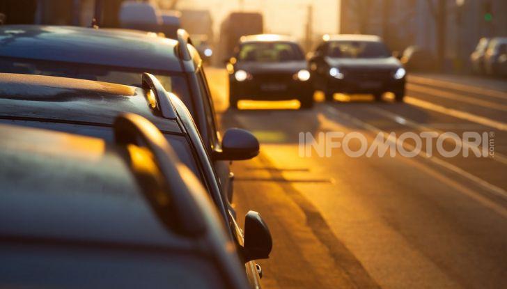 Sorpasso a destra in città e in autostrada: quando è possibile? - Foto 9 di 10