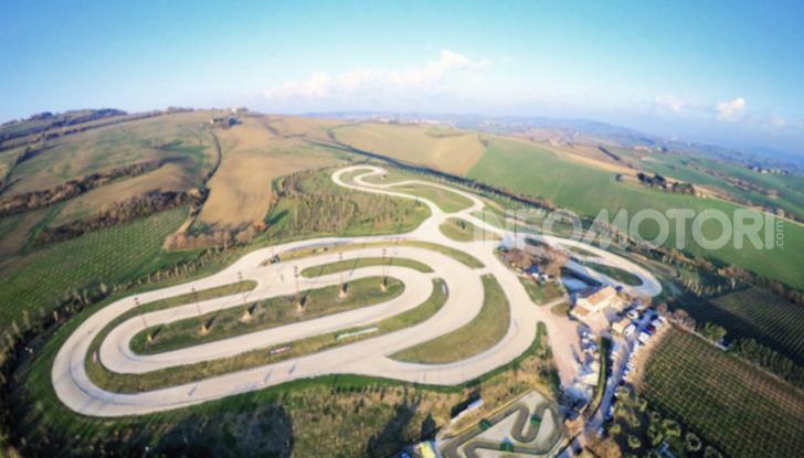 Dainese organizza un weekend al ranch insieme a Valentino Rossi - Foto 3 di 4