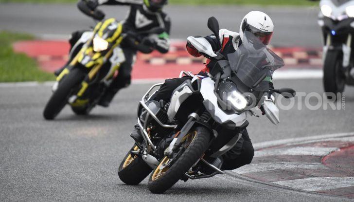 DimensioneGuida: i corsi di guida moto in pista tra divertimento e sicurezza - Foto 2 di 54