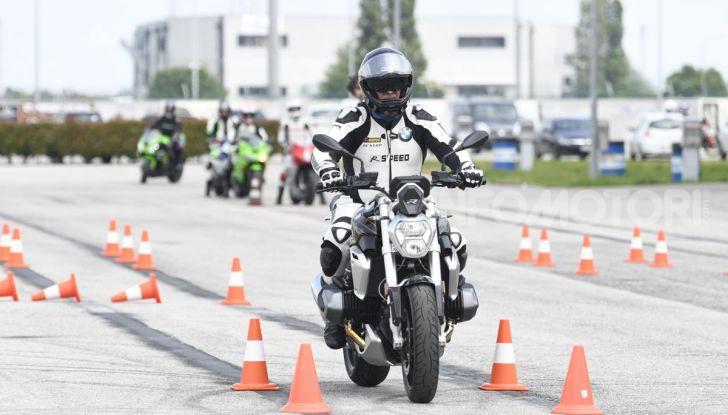 DimensioneGuida: i corsi di guida moto in pista tra divertimento e sicurezza - Foto 22 di 54