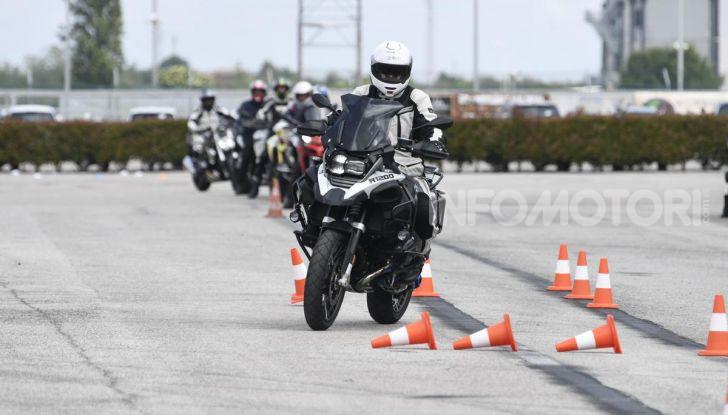 DimensioneGuida: i corsi di guida moto in pista tra divertimento e sicurezza - Foto 23 di 54