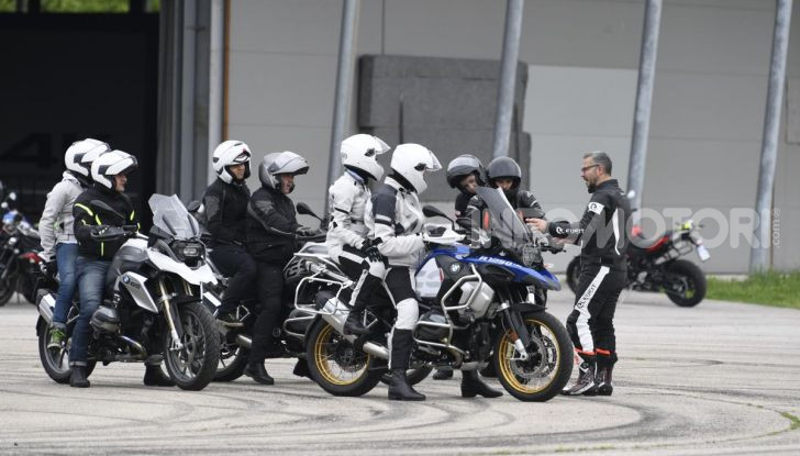 DimensioneGuida: i corsi di guida moto in pista tra divertimento e sicurezza - Foto 27 di 54
