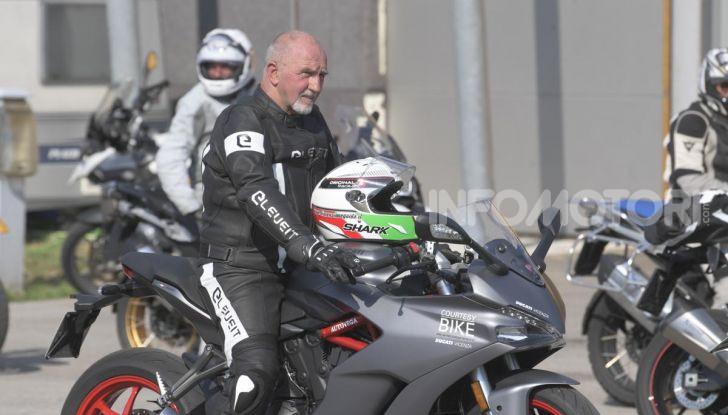 DimensioneGuida: i corsi di guida moto in pista tra divertimento e sicurezza - Foto 31 di 54