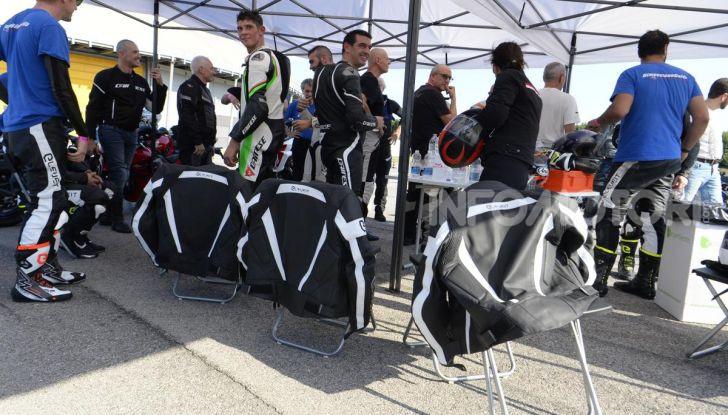 DimensioneGuida: i corsi di guida moto in pista tra divertimento e sicurezza - Foto 37 di 54