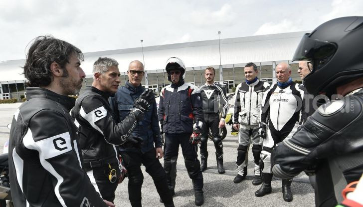 DimensioneGuida: i corsi di guida moto in pista tra divertimento e sicurezza - Foto 39 di 54