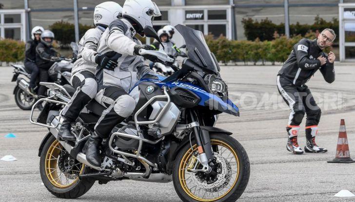 DimensioneGuida: i corsi di guida moto in pista tra divertimento e sicurezza - Foto 7 di 54