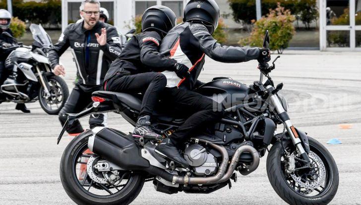 DimensioneGuida: i corsi di guida moto in pista tra divertimento e sicurezza - Foto 8 di 54
