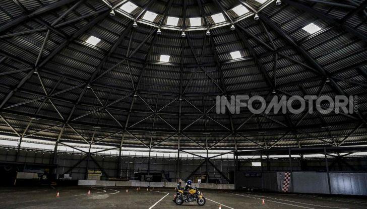 DimensioneGuida: i corsi di guida moto in pista tra divertimento e sicurezza - Foto 10 di 54