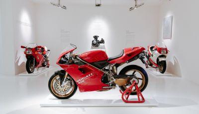 La916 di MassimoTamburiniin mostra al Museo Ducati
