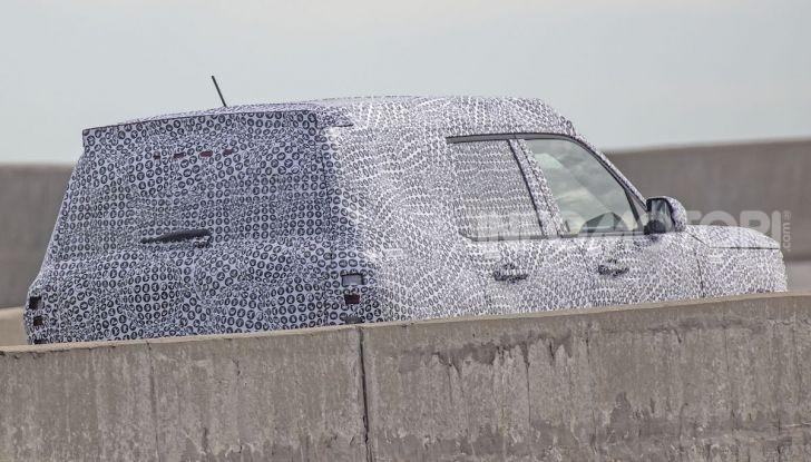 Ford Baby Bronco, prime immagini dei collaudi - Foto 10 di 12