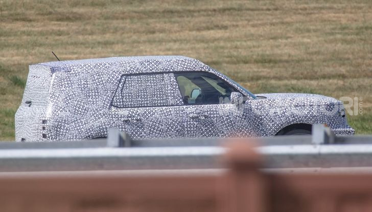 Ford Baby Bronco, prime immagini dei collaudi - Foto 9 di 12