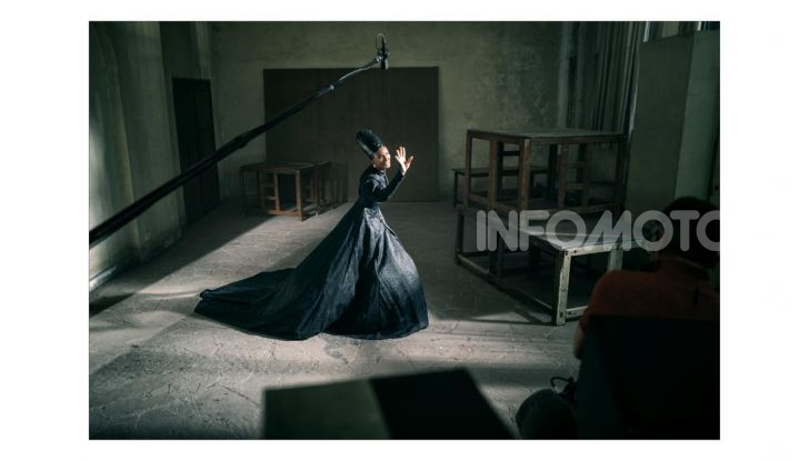Calendario Pirelli 2020: Looking for Juliet con Emma Watson - Foto 10 di 23