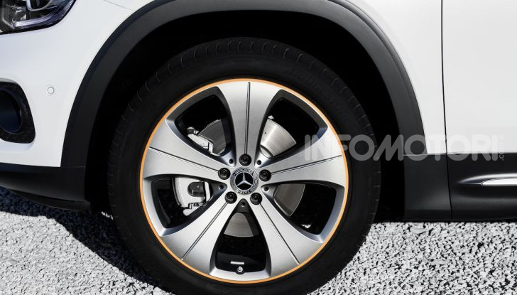 Nuovo Mercedes GLB: prezzi e motori del SUV 7 posti - Foto 11 di 16