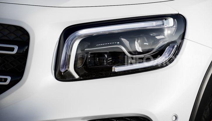 Nuovo Mercedes GLB: prezzi e motori del SUV 7 posti - Foto 12 di 16