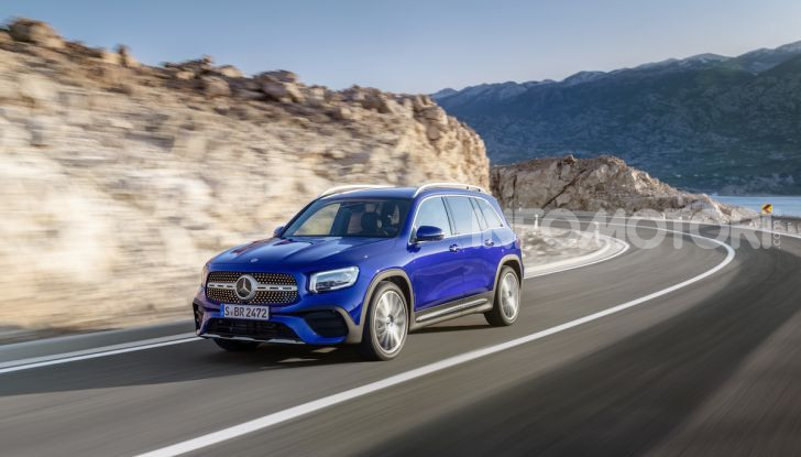 Nuovo Mercedes GLB: prezzi e motori del SUV 7 posti - Foto 13 di 16