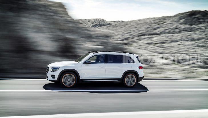 Nuovo Mercedes GLB: prezzi e motori del SUV 7 posti - Foto 2 di 16