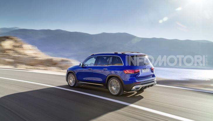 Nuovo Mercedes GLB: prezzi e motori del SUV 7 posti - Foto 14 di 16