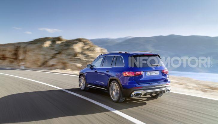 Nuovo Mercedes GLB: prezzi e motori del SUV 7 posti - Foto 15 di 16