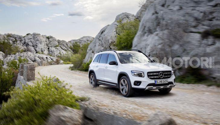 Nuovo Mercedes GLB: prezzi e motori del SUV 7 posti - Foto 6 di 16