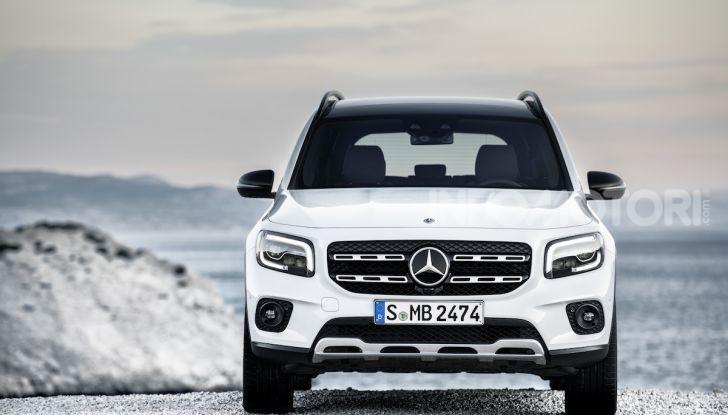Nuovo Mercedes GLB: prezzi e motori del SUV 7 posti - Foto 7 di 16