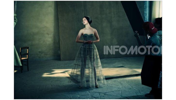 Calendario Pirelli 2020: Looking for Juliet con Emma Watson - Foto 14 di 23