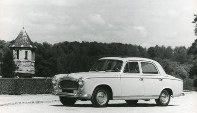 PEUGEOT 403 Diesel - la prima volta  del GASOLIO sotto il cofano della berlina di grande serie