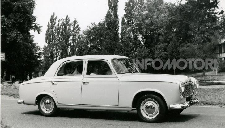 PEUGEOT 403 Diesel – la prima volta  del GASOLIO sotto il cofano della berlina di grande serie - Foto 2 di 8