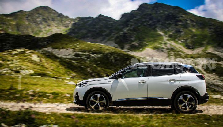 Peugeot 3008 GT Hybrid4, consumi e motori - Foto 12 di 15