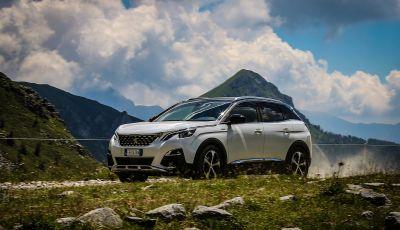 Peugeot 3008 GT Hybrid4, consumi e motori