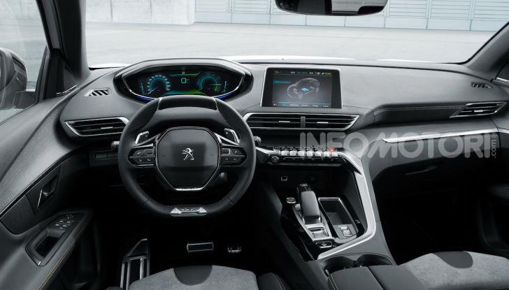Peugeot 3008 GT Hybrid4, consumi e motori - Foto 3 di 15
