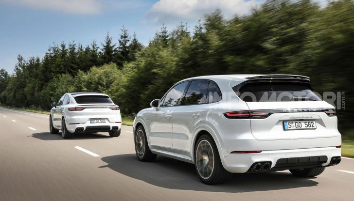 Porsche Cayenne Turbo S E-Hybrid: dati tecnici, prezzi e consumi - Foto 5 di 13