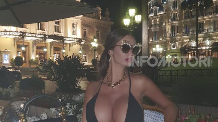 La modella di Playboy Soraja Vucelic lancia una Lamborghini in piscina! - Foto 6 di 8
