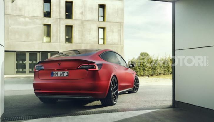 Novitec lancia la sfida: la Tesla Model 3 si fa sportiva - Foto 1 di 8