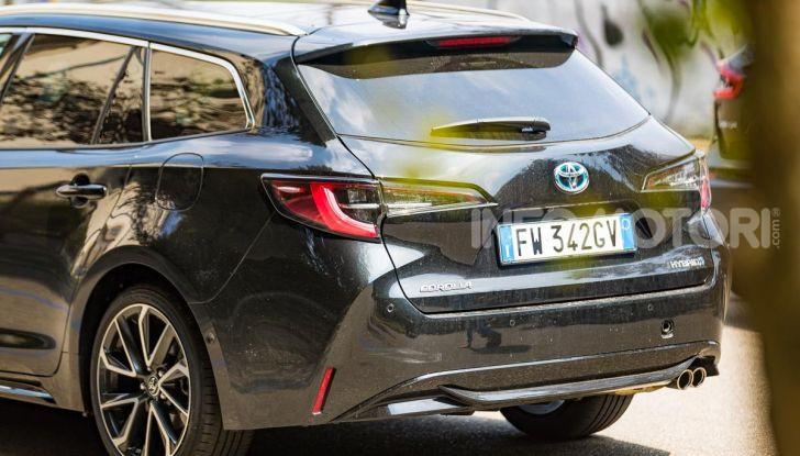 [VIDEO] Prova consumi Toyota Corolla Touring Sports Hybrid 2019 - Foto 13 di 43
