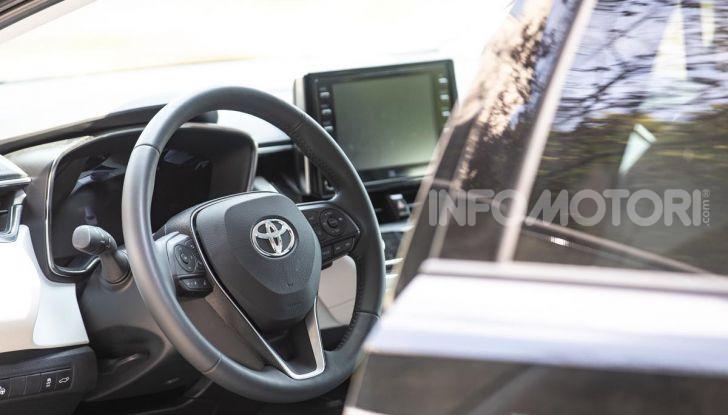 [VIDEO] Prova consumi Toyota Corolla Touring Sports Hybrid 2019 - Foto 15 di 43