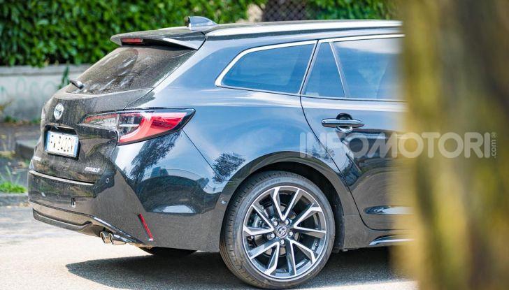 [VIDEO] Prova consumi Toyota Corolla Touring Sports Hybrid 2019 - Foto 29 di 43