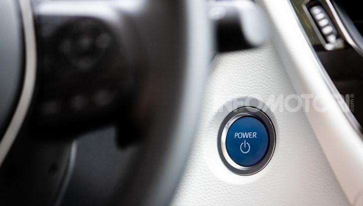 [VIDEO] Prova consumi Toyota Corolla Touring Sports Hybrid 2019 - Foto 35 di 43