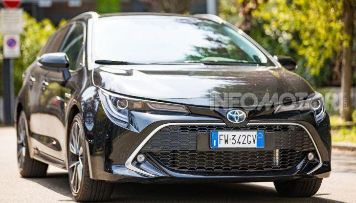 [VIDEO] Prova consumi Toyota Corolla Touring Sports Hybrid 2019 - Foto 1 di 43
