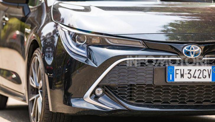 [VIDEO] Prova consumi Toyota Corolla Touring Sports Hybrid 2019 - Foto 3 di 43