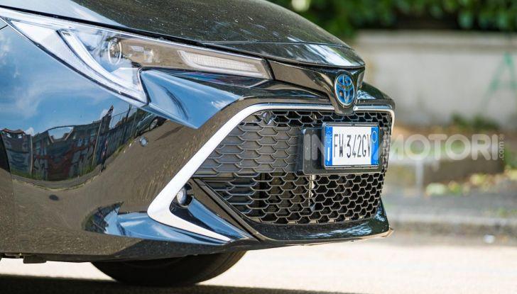 [VIDEO] Prova consumi Toyota Corolla Touring Sports Hybrid 2019 - Foto 7 di 43