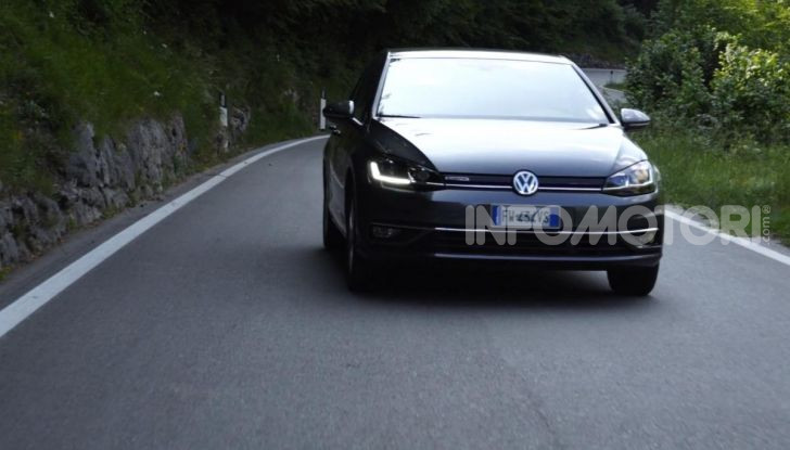 [VIDEO] Prova Volkswagen Golf TGI: La Strada in Streaming! - Foto 33 di 33