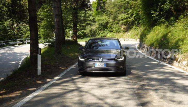 [VIDEO] Prova Volkswagen Golf TGI: La Strada in Streaming! - Foto 16 di 33