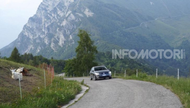 [VIDEO] Prova Volkswagen Golf TGI: La Strada in Streaming! - Foto 13 di 33